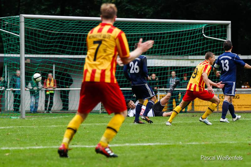 Typisches 0:0 Spiel endet mit 1:0 Derbysieg