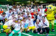 Hallenfußball-Stadtmeister 2016!!! 08/20 nach 10 Jahren wieder auf dem